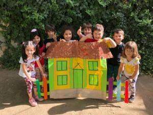 Çalışkan Arılar Sınıfı kestiler…. çizdiler… ve Limon Okullarını oluşturdular…
