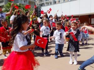 23 Nisan Ulusal Egemenlik ve Çocuk Bayramımızı coşkulu bir şenlikle daha kutladık..