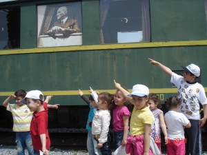 Velilerimiz ve Çocuklarımızla Nostalji Tren Gezimizi yaptık ..