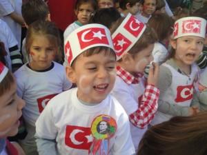 Biz Cumhuriyet Çocuklarıyız…Cumhuriyet Bayramımız Kutlu Olsun…