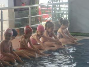 Yüzmede ilk günümüz ve havuz partimiz…