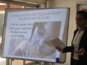 """Soyak Siesta I.Etap Bölgesinde """"Anne-Baba ve Çocuk Etkili İletişim"""" konulu seminerimizi gerçekleştirdik."""