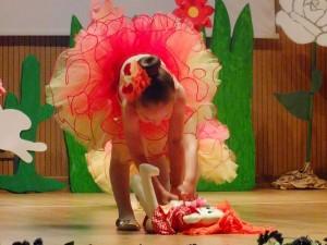 2017 Yıl Sonu Gösterisi 4 Yaş Bale-Bebekler Dansı..